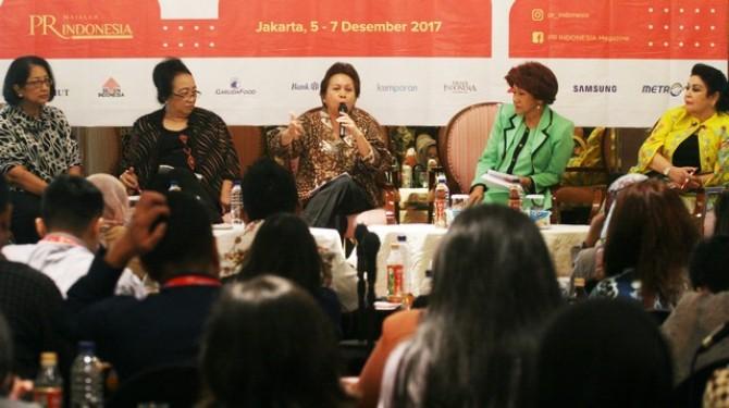 PR INDONESIA Gurus Membaca Tren 2018