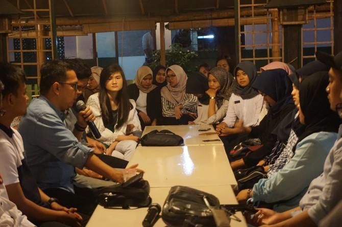 Pentingnya Magang bagi Mahasiswa PR