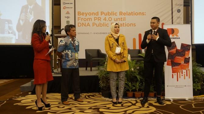 PR INDONESIA Fellowship Program Angkatan Kedua, Resmi Luncurkan Buku PR