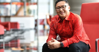 Denny Abidin, Telkomsel: Working with Heart