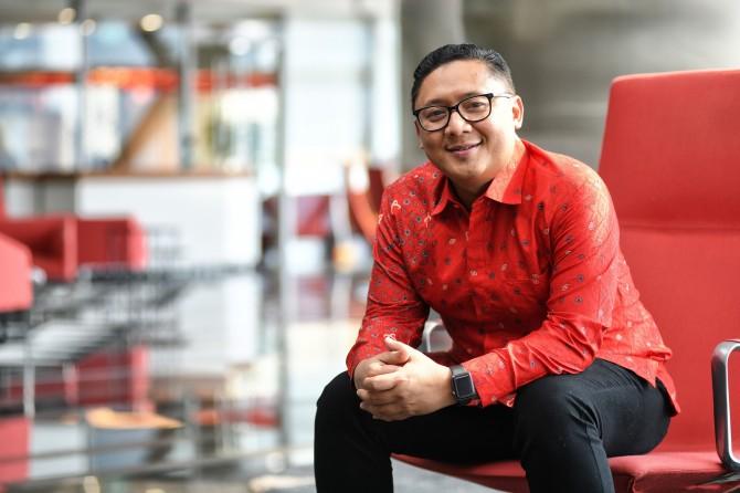 Denny Abidin, Telkomsel: Working with Heart