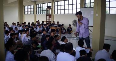 ICON PR Dorong Gen Z Tingkatkan Kompetensi Menulis