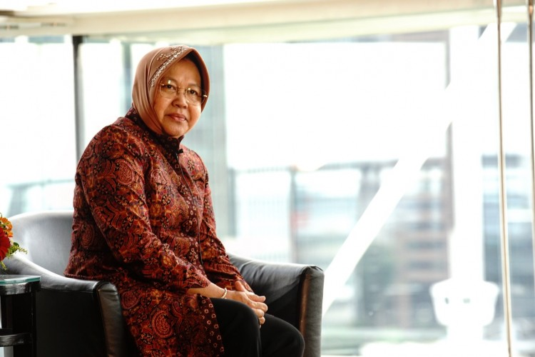 Wali Kota Surabaya Tri Rismaharini: