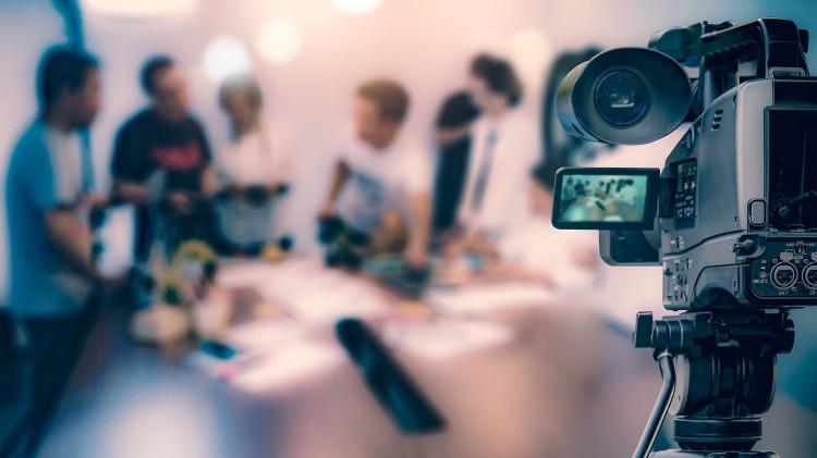 10 Cara Membangun Relasi dengan Media