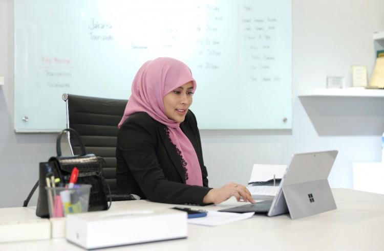 Novita Dewi, Jaktour: Membangun dari Minus