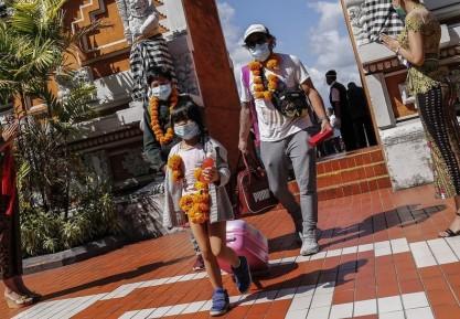 Setahun Pandemi: Merengkuh Kembali Kepercayaan Wisatawan